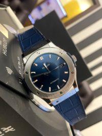 Швейцарские часы Hublot Classic Fusion Blue Titanium 511.NX.7170.LR