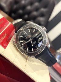 Швейцарские часы Omega Seamaster Planet Ocean 600 M Co-Axial 232.32.46.21.01.003