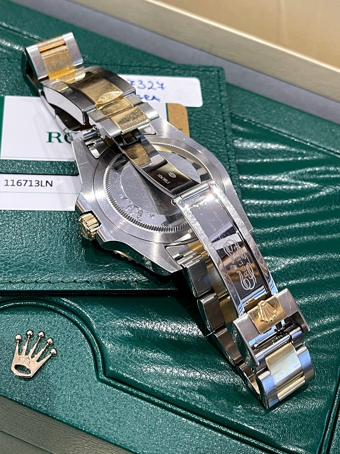 GMT-Master II 40mm Steel and Yellow Gold 116713LN #2