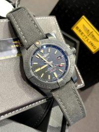 Швейцарские часы Breitling Avenger V1731110/BD74