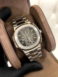 Швейцарские часы Patek Philippe Nautilus 5990/1 5990/1A-001