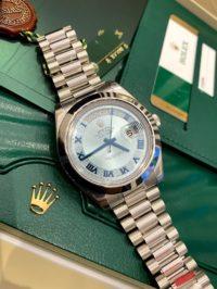 Швейцарские часы Rolex Day-Date II 41mm Platinum 218206-IceBlue
