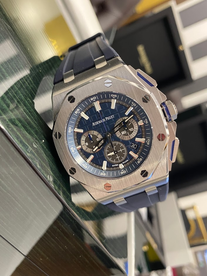 Royal Oak Offshore  Chronograph 42mm 26480TI.OO.A027CA.01 #1