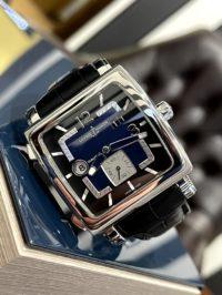 Швейцарские часы Ulysse Nardin Quadrato Dual Time 243-92/632