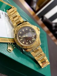 Швейцарские часы Rolex Yacht-Master 35mm Yellow Gold 168628