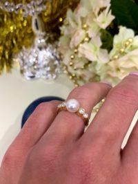 Кольцо Mikimoto PEARL AND DIAMONDS RING