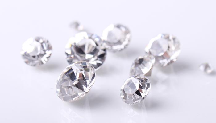 Оценка бриллиантов в Санкт-Петербурге