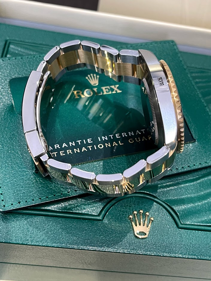 Submariner Date 41 mm Steel and Yellow Gold 126613ln-0002 #5