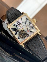 Швейцарские часы Roger Dubuis 38 square tourbillon G40 03 5 GN1