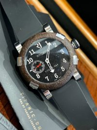 Швейцарские часы Romain Jerome Titanic  T.OXY3.11BB.00.BB