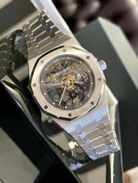Швейцарские часы Audemars Piguet Royal Oak Openworked Extra-Thin Tourbillon 26511PT.OO.1220PT.01