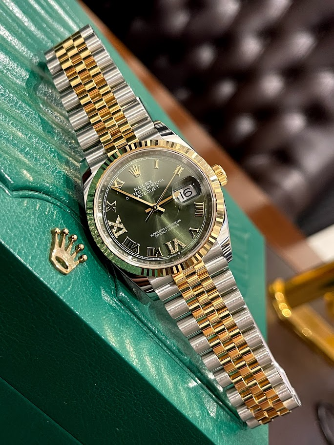 Datejust 36 mm, Oystersteel and yellow gold 126233-0025 #1