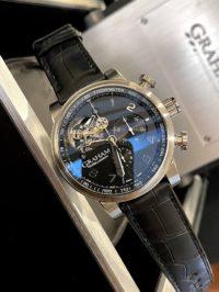 Швейцарские часы Graham Silverstone Tourbillograph 2TSAS.B02A